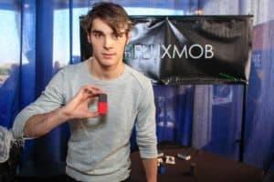 Fluxmob bolt and breaking bad actor
