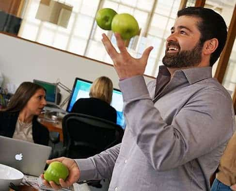 Slava Juggles Apples