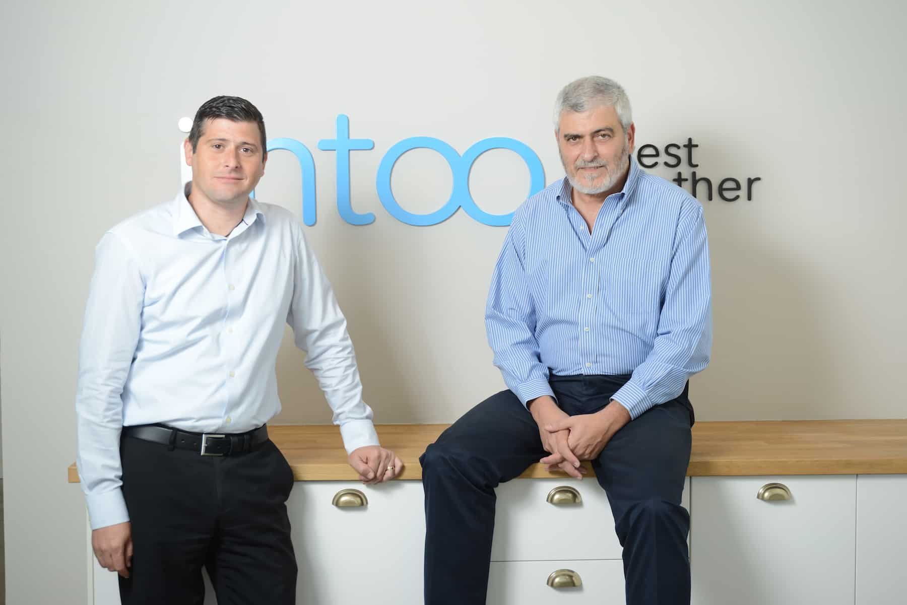 Real Estate Crowdfunding: iintoo Acquires RealtyShares Assets