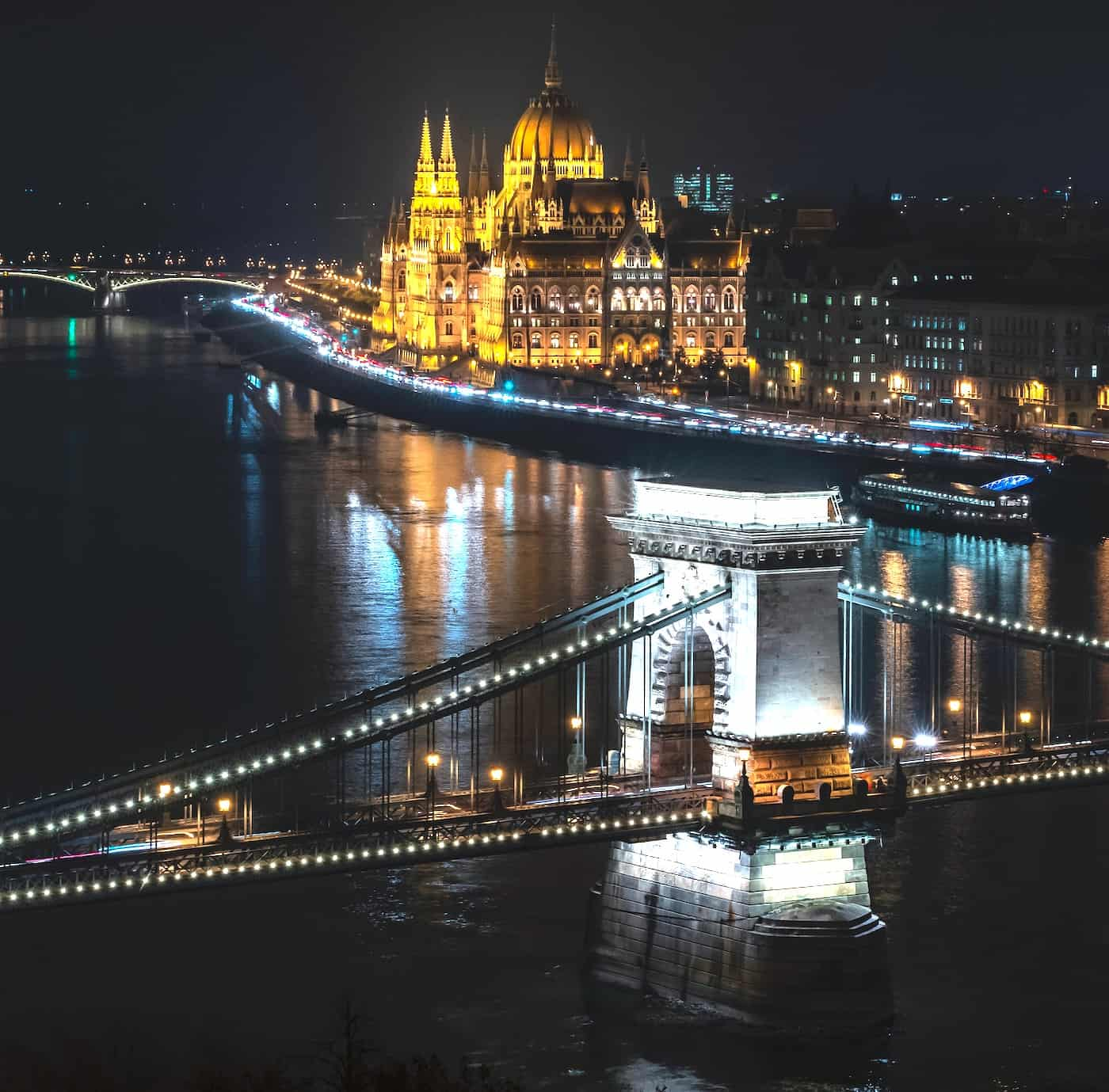 "Hungary Is ""Behind Everyone"" When It Comes to Adopting Latest Digital Banking Technology, Says Senior Law Firm Executive"